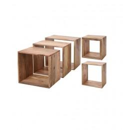 3 tables d'appoint en bois